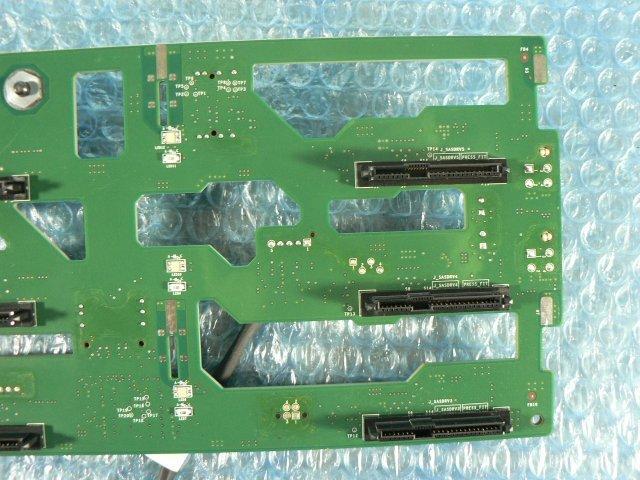 1FAZ // Dell PowerEdge T410 の ハードディスク(HDD)バックパネル (0K470M 0X230G) 3.5インチ 6スロット // 在庫2_画像8