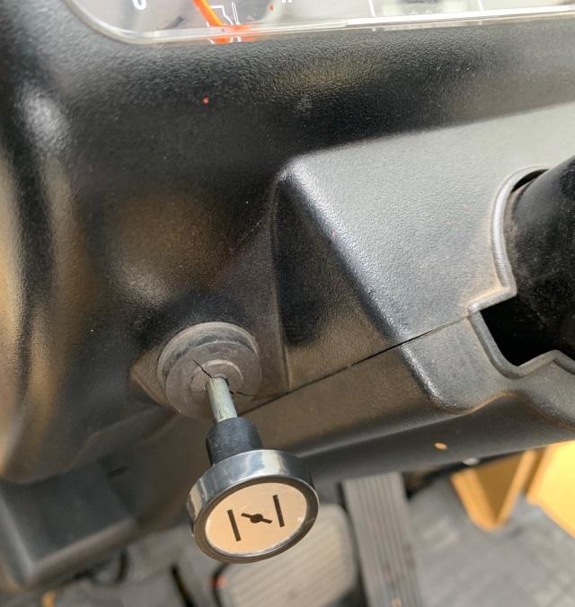 三菱 中古フォークリフト ガソリン 2.5t FG25D 格安_画像10