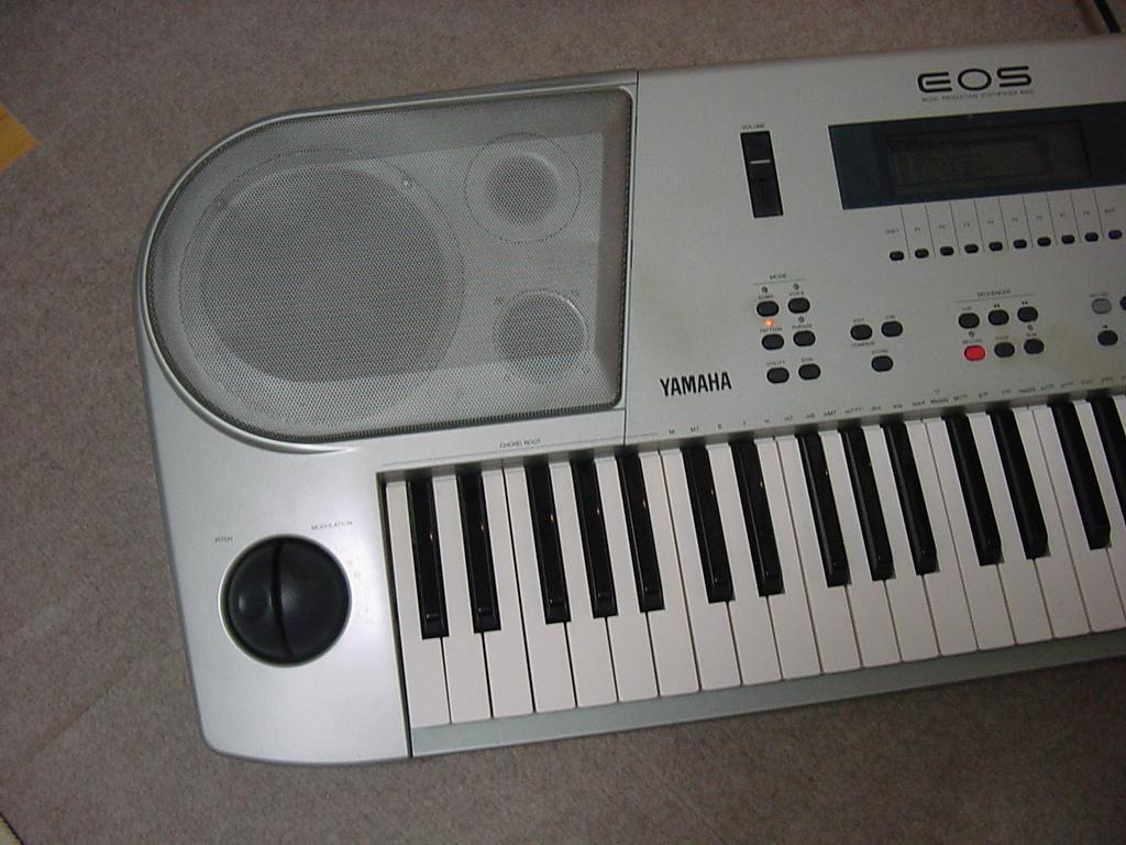 YAMAHA シンセサイザー 61鍵盤 EOS B900 難有り_画像2