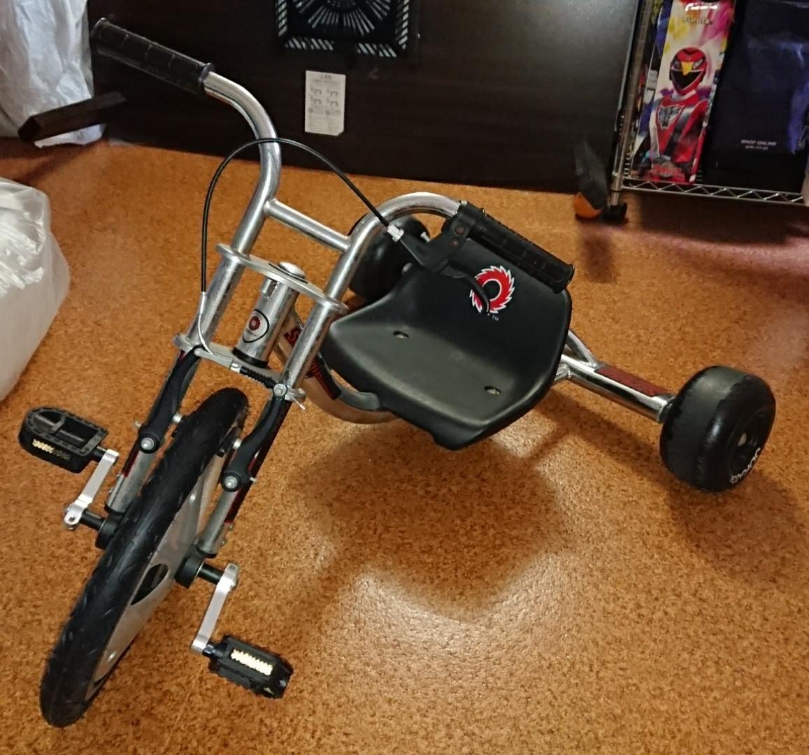 中古美品 JDRAZOR Scream Machine ドリフト 三輪車 トライク_画像1