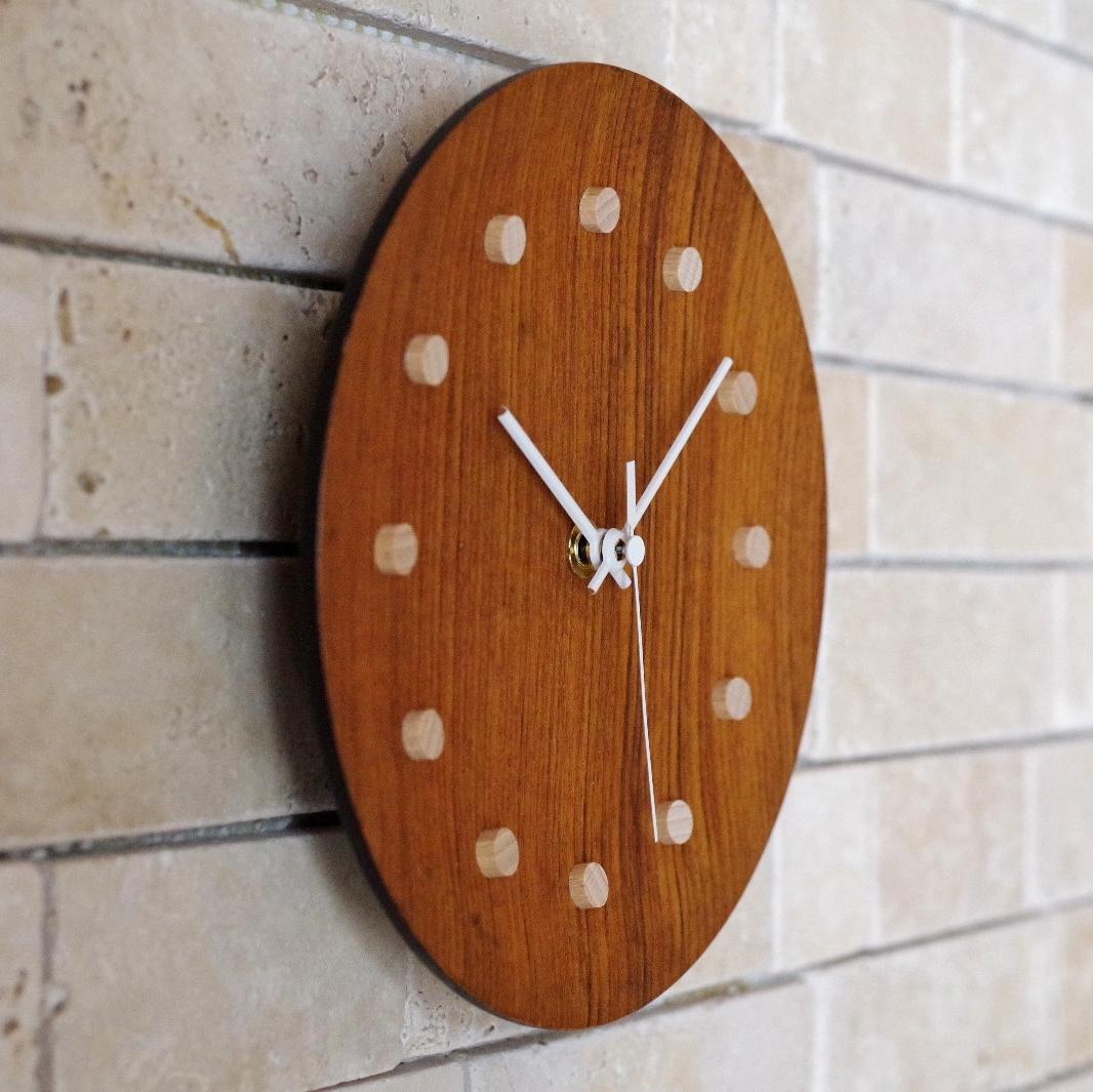 ビンテージ 日本製 TEAK チーク 壁掛け 電波時計 壁掛け時計 プレート 木製 木目 北欧風_画像2
