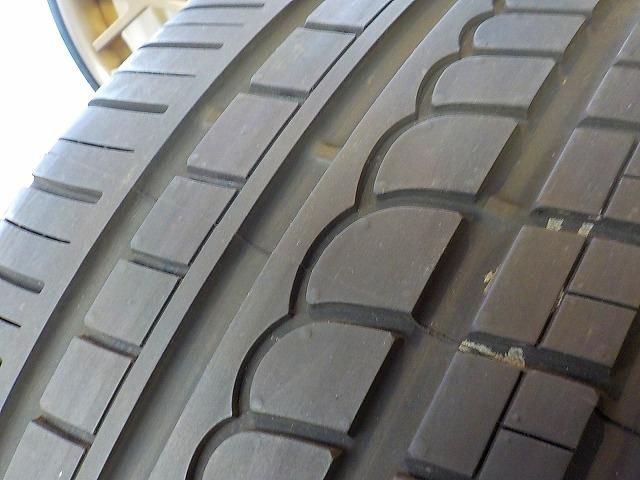 ポルシェ 911 カレラ デモカー装着のみ FUCHS フックス ポルシェ承認タイヤ 235/40 295/35 ピレリ P-ZERO ROSSO 964 993 996 997_画像4