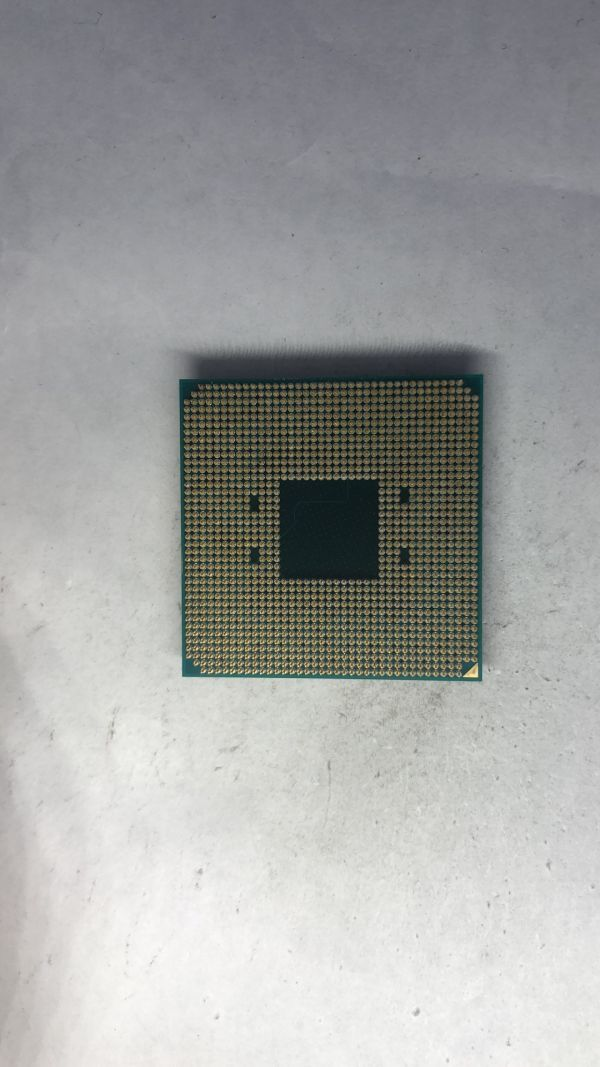 CPU AMD Ryzen7 2700X 3.70Ghz AM4 ジャンク_画像2