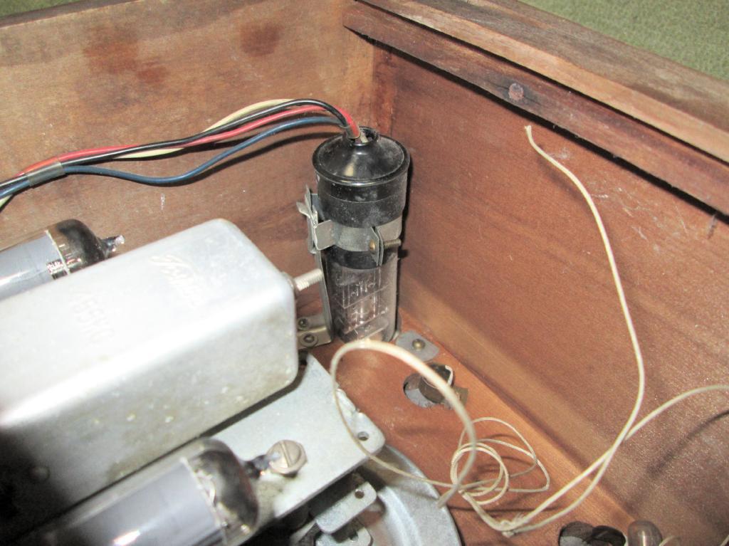 A 真空管ラジオ シャーシ等一式 TOSHIBA MT管 受信確認出来ません ジャンク_画像6