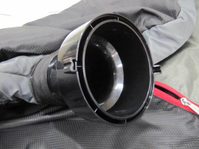 新品 衣類 エアウォッシャー AQUA AHW-SR1 グロリアスグレー水を使わず空気(オゾン)で洗う(除菌・消臭) 衣類 洗濯機 機能特化型_画像3