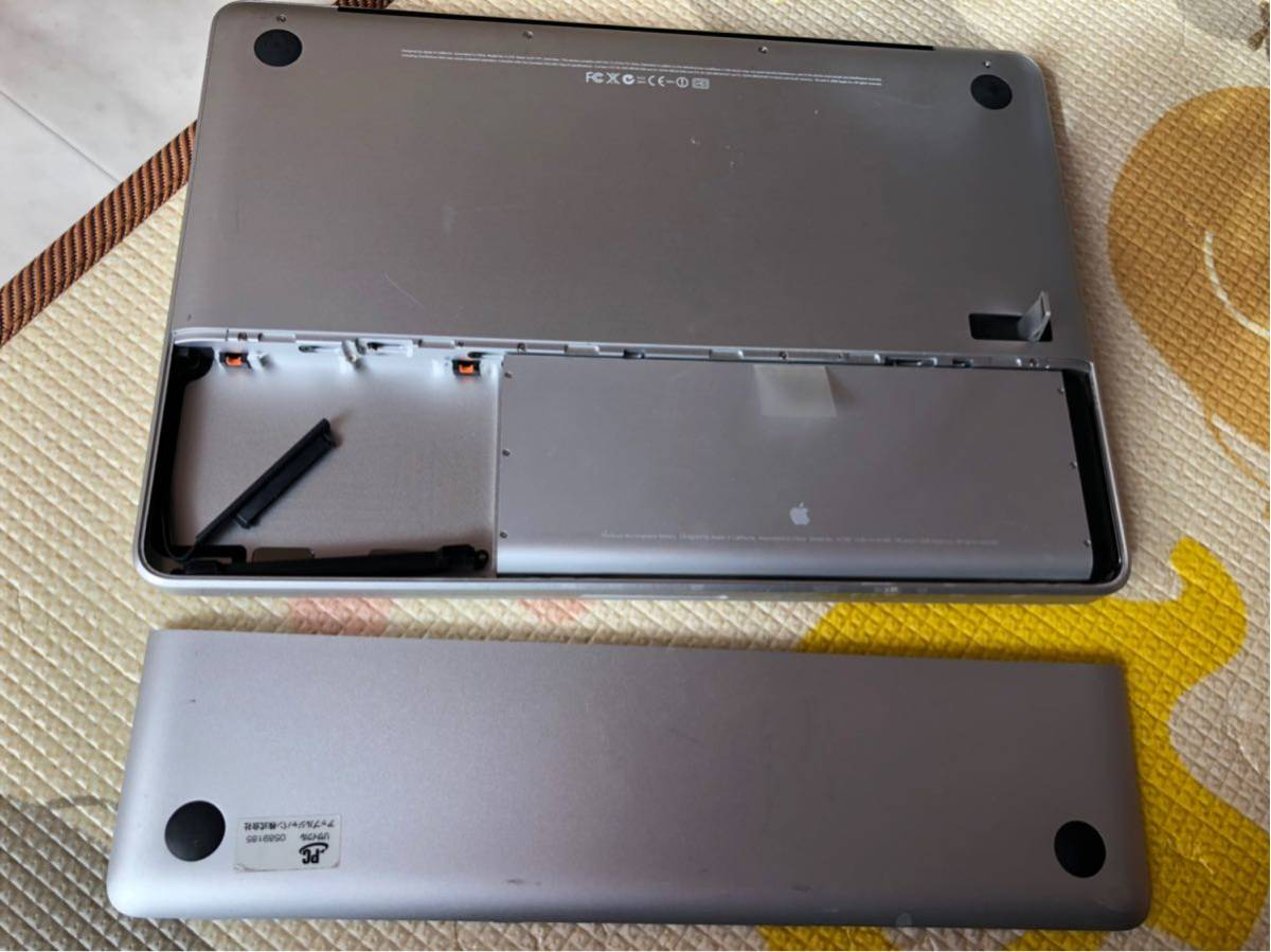 ジャンク品 Apple MacBook A1278 2008 _画像8