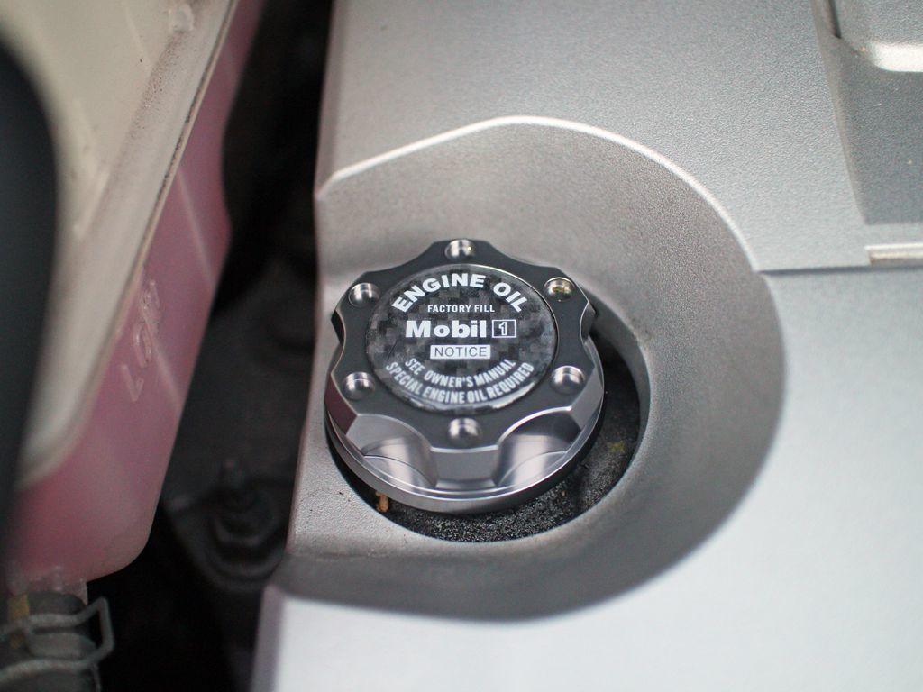 米VMS アルミ製オイルキャップ アルファード ヴェルファイア 10 20系 ガンメタ T2_20系ヴェルファイアに装着