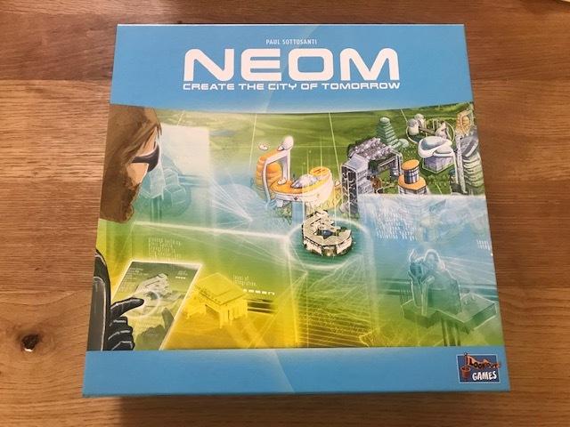 「エッセン18年」Neom 「新品同様」
