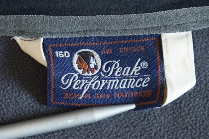 ★Peak Performance R&D ソフトシェルジャケット ブラック boys160★ ピークパフォーマンス マウンテンパーカー_画像9