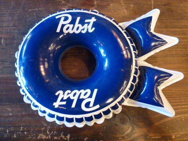 Pabst Blue Ribbon パブスト ブルーリボン インフレタブル USA アメリカ BEER ビール 企業 バドワイザー ボトルキャップ_画像1