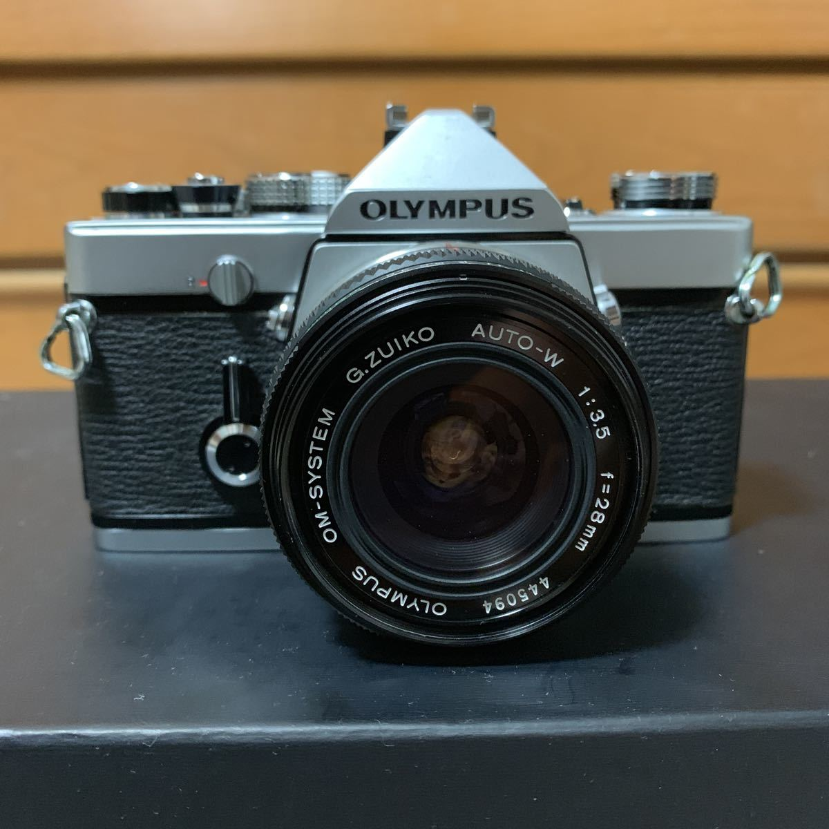 ◆ OLYMPUS オリンパス M-1 + G.ZUIKO AUTO-W 28mm F3.5 フィルムカメラ 標準単焦点 広角単焦点