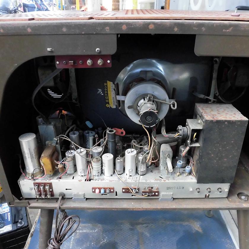 レトロ シャープ TCA217 4本脚 ブラウン管 ジャンク_画像7