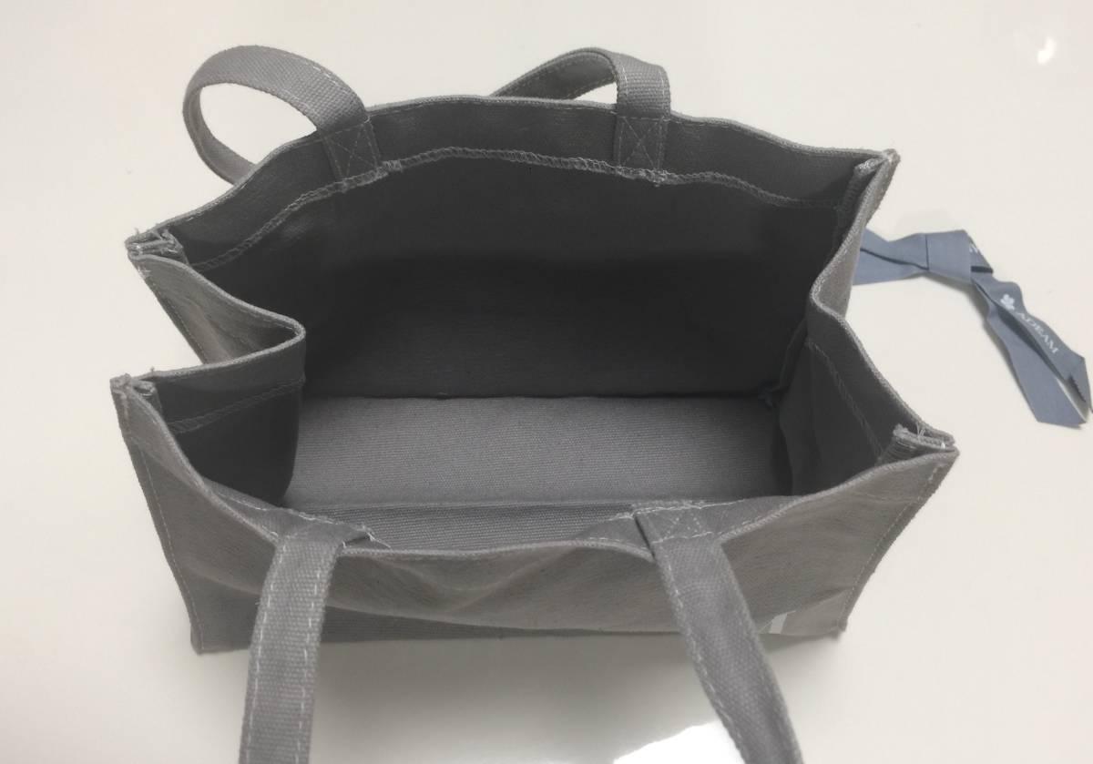 ☆ADEAM☆初期コレクションのショーに出席した際のギフト☆ミニトートバッグ☆ランチバッグにもぴったり!17×23×マチ10.5×持ち手34.5cm