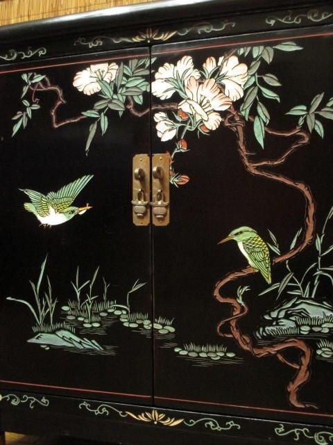 逸品 黒漆 中国美術 彫刻 花鳥図 真鍮金具 茶道具 キャビネット/飾り棚/箪笥/煎茶棚/書棚/本箱/アンティーク_画像9