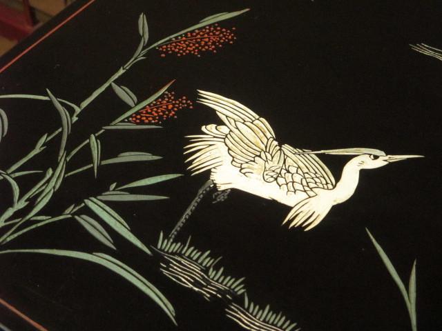 逸品 黒漆 中国美術 彫刻 花鳥図 真鍮金具 茶道具 キャビネット/飾り棚/箪笥/煎茶棚/書棚/本箱/アンティーク_画像6