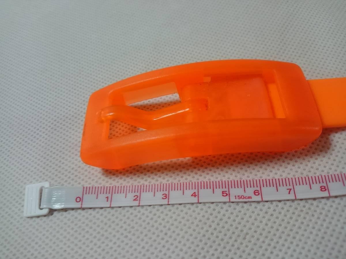 1283 ラバーベルト中古品 プラスチックバックル 幅2.1センチ 送料205円_画像4