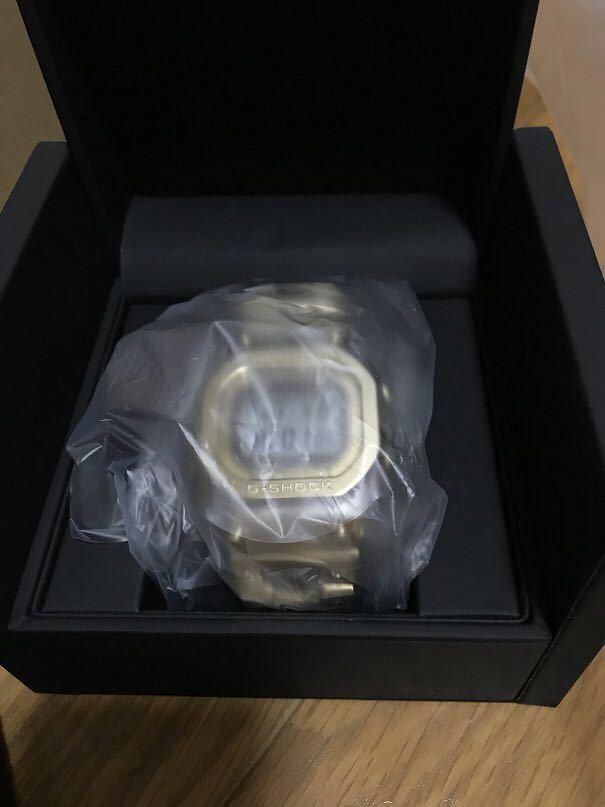 【新品未試着】CASIO G-SHOCK GMW-B5000TFG-9JR 35周年記念モデル 国内正規品 タグ、保護シール付き_画像3