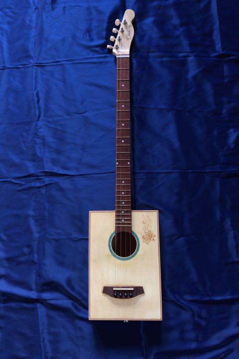シガーボックス ギター タイプ エレアコ トルコ製 レア