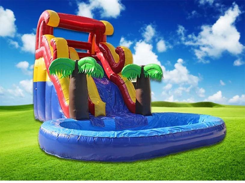 滑り台とプールがセット!夏は水、その他の時期はボールプールになります。_画像6
