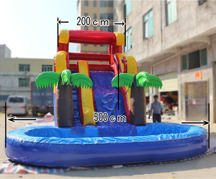 滑り台とプールがセット!夏は水、その他の時期はボールプールになります。_画像2