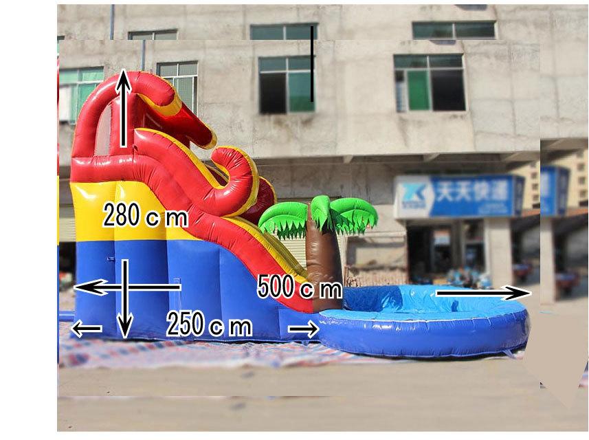 滑り台とプールがセット!夏は水、その他の時期はボールプールになります。_画像3