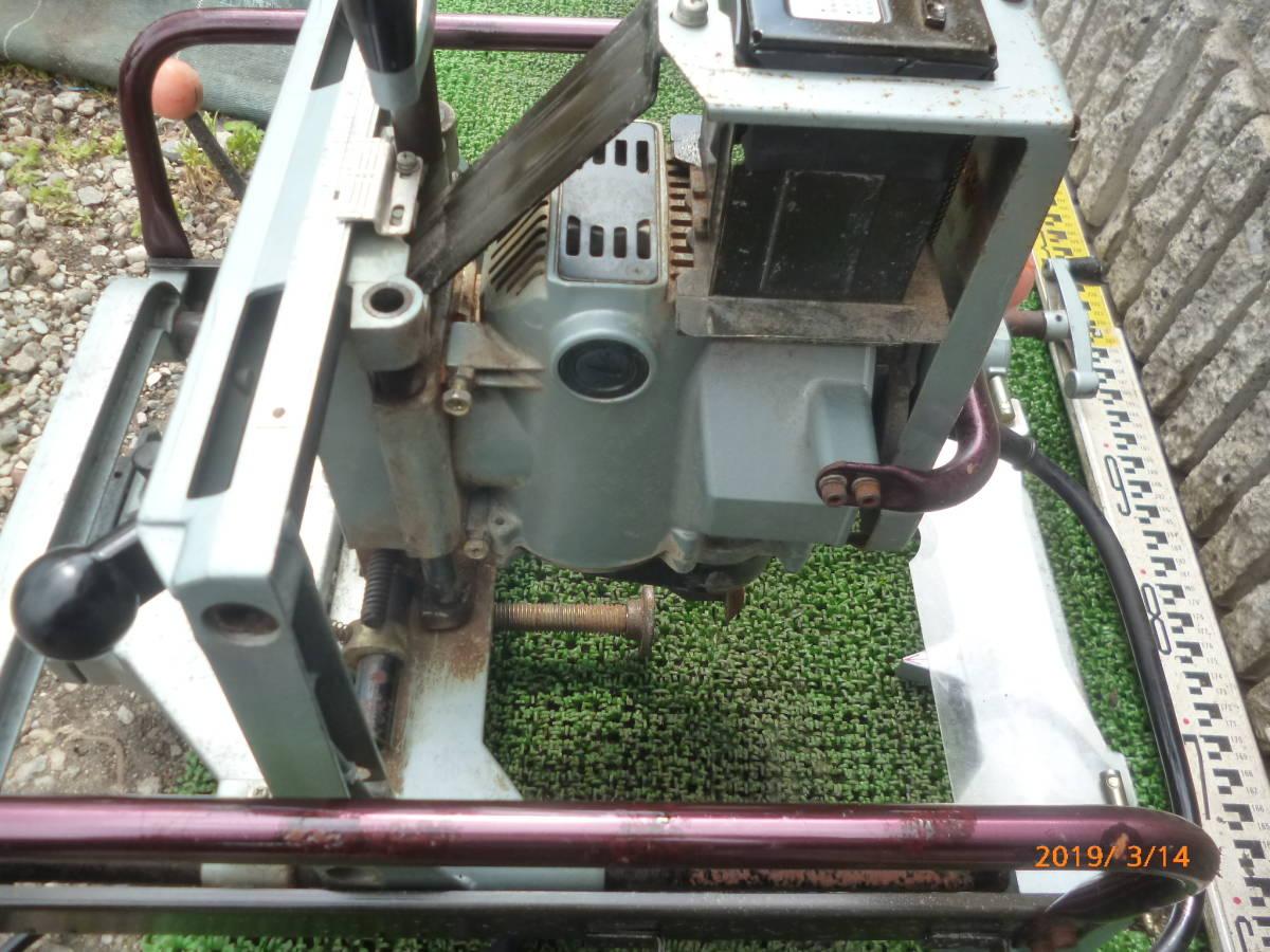 日立工機 HITACHI 日立 16mm M16Y 仕口ルーター 仕口ルータ ルータ ルーター 100V 50/60Hz 15A 木工 木材 大入 大工 _画像3