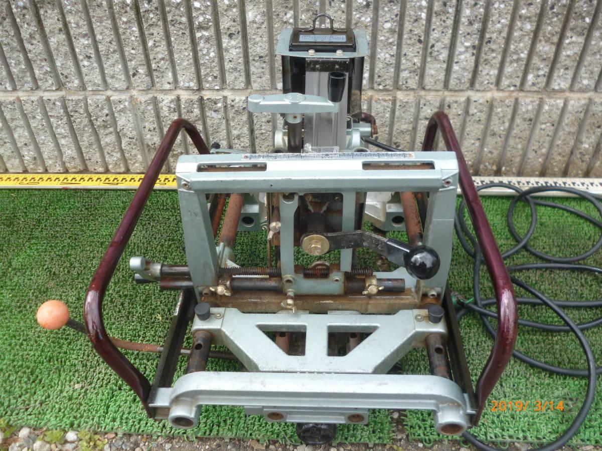 日立工機 HITACHI 日立 16mm M16Y 仕口ルーター 仕口ルータ ルータ ルーター 100V 50/60Hz 15A 木工 木材 大入 大工 _画像5