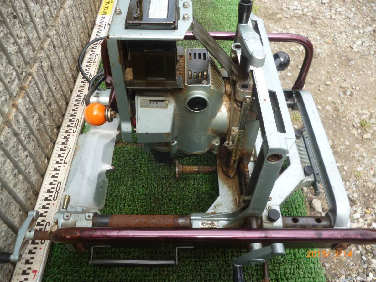 日立工機 HITACHI 日立 16mm M16Y 仕口ルーター 仕口ルータ ルータ ルーター 100V 50/60Hz 15A 木工 木材 大入 大工 _画像4