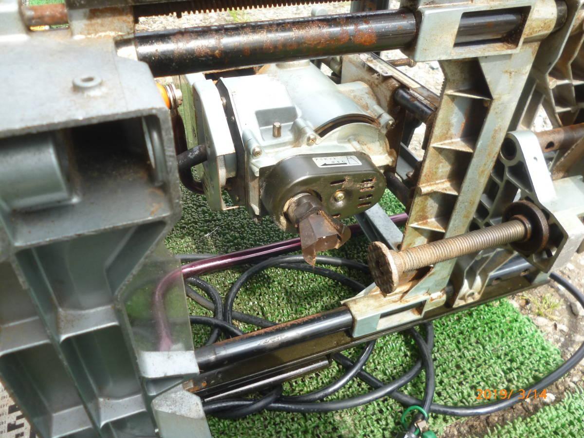 日立工機 HITACHI 日立 16mm M16Y 仕口ルーター 仕口ルータ ルータ ルーター 100V 50/60Hz 15A 木工 木材 大入 大工 _画像7