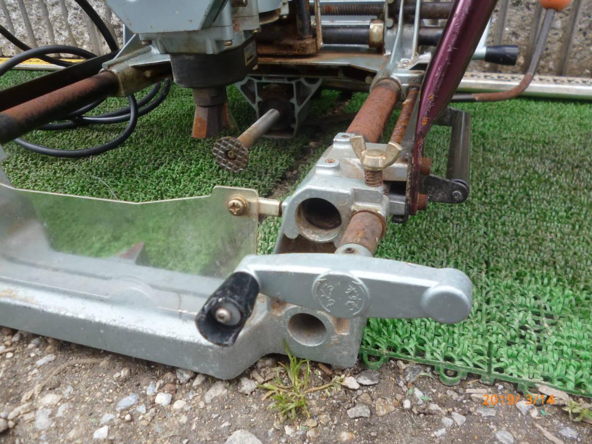 日立工機 HITACHI 日立 16mm M16Y 仕口ルーター 仕口ルータ ルータ ルーター 100V 50/60Hz 15A 木工 木材 大入 大工 _画像8