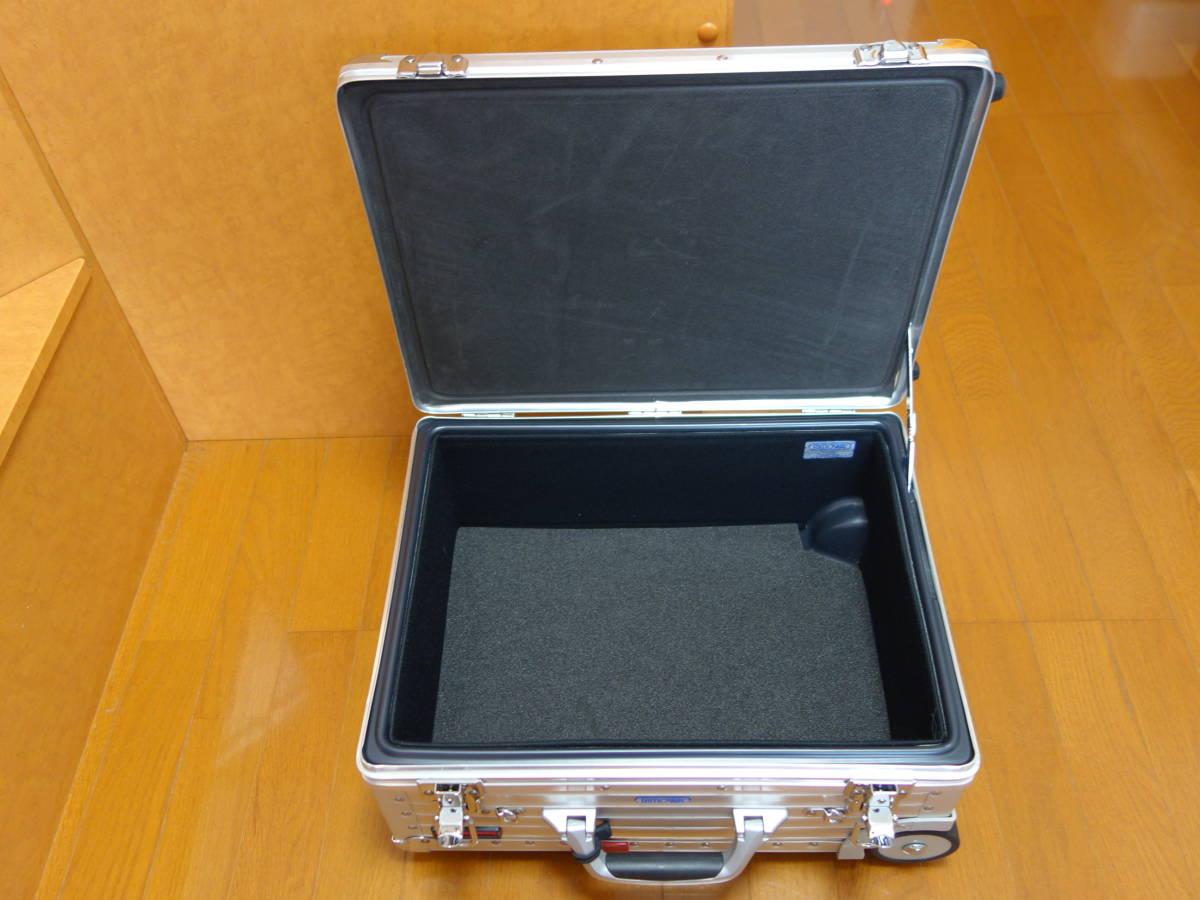 RIMOWA リモワ トロピカーナ 2輪 青ロゴ 機内持ち込み可能サイズ 370.07.00.2 美品_画像6