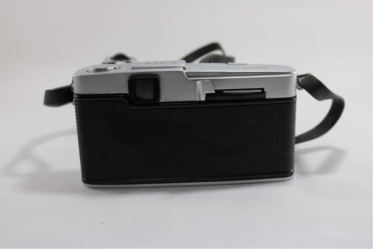 オリンパス(OLYMPUS) PEN F F.Zuiko Auto-s 1:18 f=38mm レンジファインダーカメラ ジャンク!1円スタート♪_画像3
