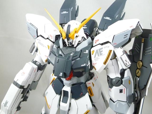 MG シナンジュスタイン・(改) (塗装済み完成品)_画像1