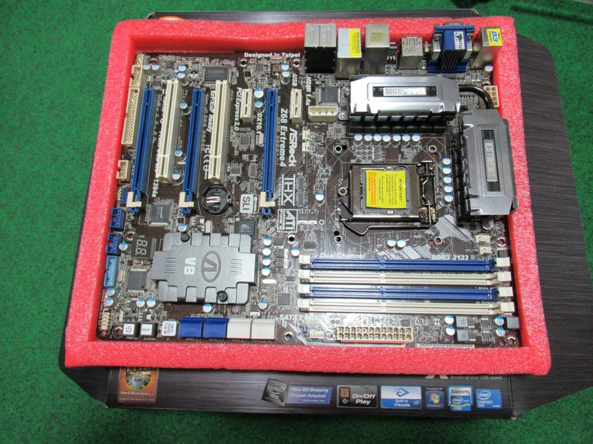 マザーボード ASRock Z68 Extreme4 LGA1155_画像2