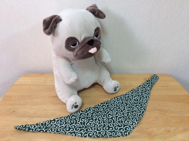 ハンドメイド 手作り わんこ用 リバーシブルバンダナ 唐草×水玉 中型犬・フレンチブルドッグ・パグ Mサイズ_画像4
