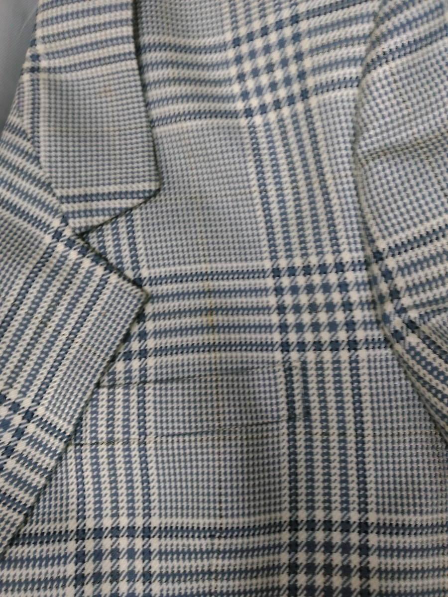 本物・中古品 バーバリー レディース用 スーツ 大きいサイズ 約LL寸 サックスグレーのチェック柄 ウール&シルク素材_画像3
