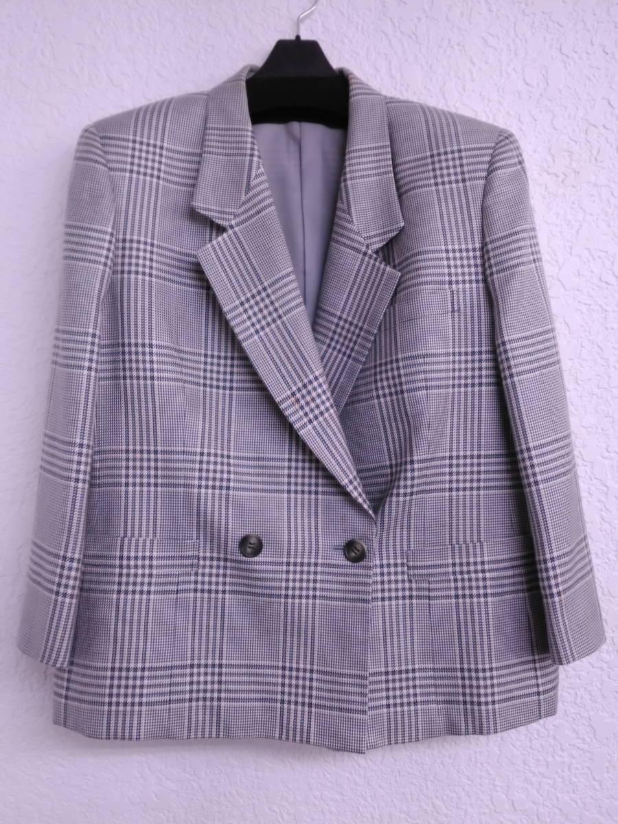 本物・中古品 バーバリー レディース用 スーツ 大きいサイズ 約LL寸 サックスグレーのチェック柄 ウール&シルク素材_画像9