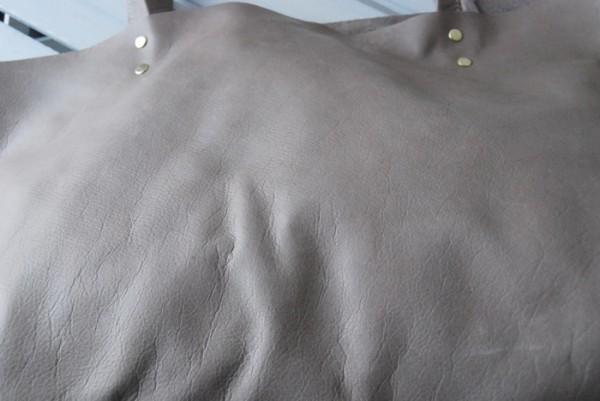 贅沢 とても軽量 クチャ 肩掛け 本革鞄 ハンドメイドバッグ レザー 国産_画像7