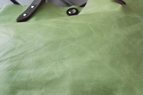 とても軽量 クシャ シンプル 革 ハンドメイドバッグ お取り置き可_画像6