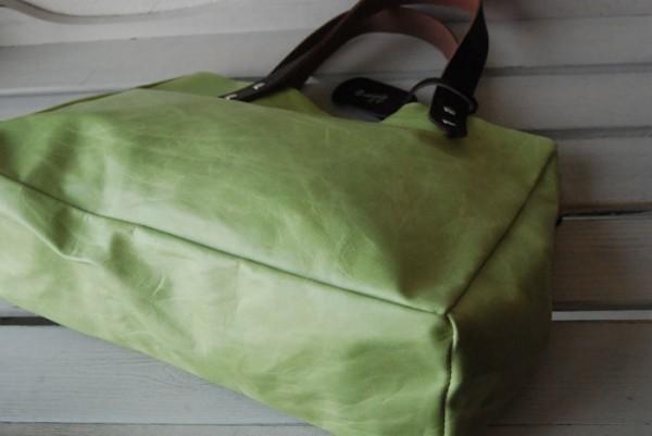とても軽量 クシャ シンプル 革 ハンドメイドバッグ お取り置き可_画像7