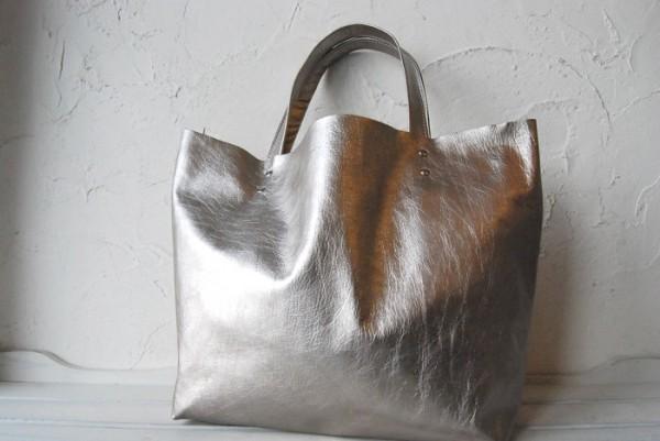 贅沢 軽量 柔らかい 肩掛け クシャ トート ハンドメイドバッグ オールレザー