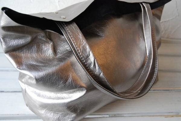 贅沢 軽量 柔らかい 肩掛け クシャ トート ハンドメイドバッグ オールレザー_画像9