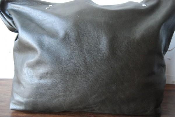贅沢 とても軽量 クチャ 肩掛け ハンドメイド 本革 日本製 シンプル_画像2