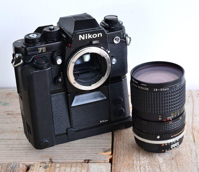 ニコン Nikon F3 フィルムカメラ + モータードライブ MD-4 + AH-3 + Nikkor 28-85mm f3.5-4.5_画像2