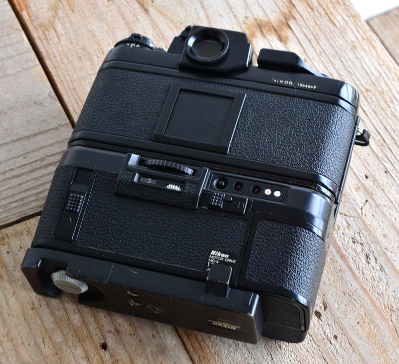 ニコン Nikon F3 フィルムカメラ + モータードライブ MD-4 + AH-3 + Nikkor 28-85mm f3.5-4.5_画像5