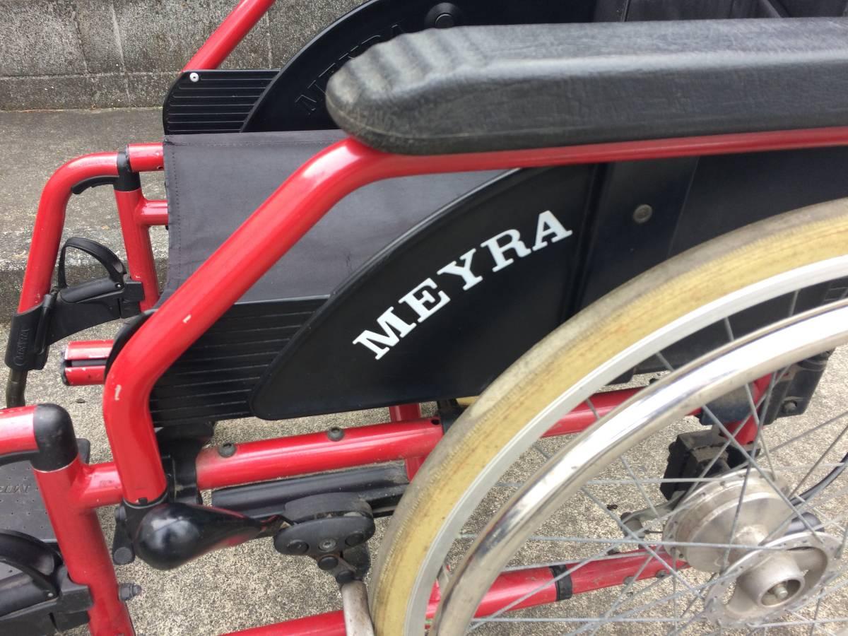 中古 MEYRA/マイラ 折り畳み式車椅子 耐荷重120kg ユーロチェアヘミ レッドカラー 自走式/ブレーキ付き 介護 介助 車イス 激安スタ!!_画像4