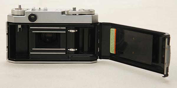 稀少? 機種不明 ペトリカメラ F2.8 _画像6