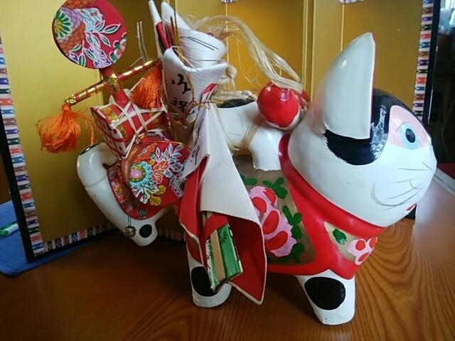 [張り子の狛犬]長さ20cm/巾11.5cm/高さ13.5cm/でんでん太鼓/末広/小さい狛犬/長さ10.5cm/巾5cm/高さ13.5cm