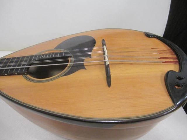 弦楽器 SUZUKI スズキ マンドリン No.20 年代物 ハードケース付き_画像3
