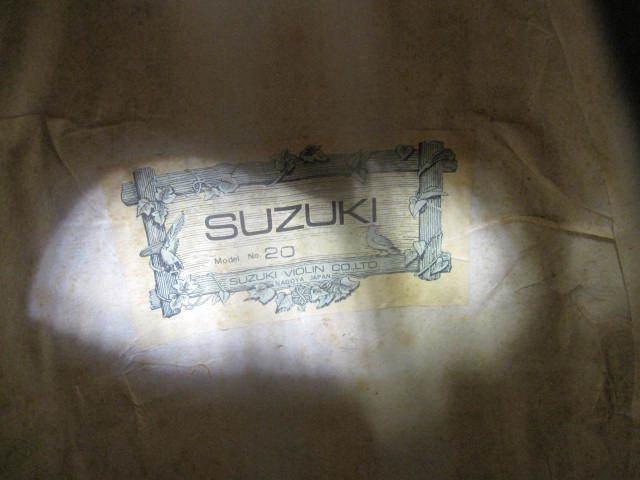 弦楽器 SUZUKI スズキ マンドリン No.20 年代物 ハードケース付き_画像6